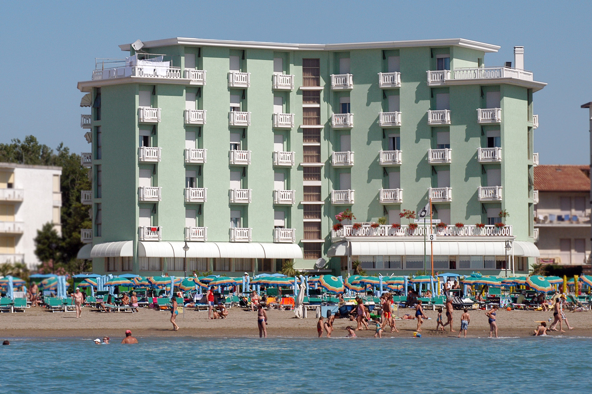 Hotel tre stelle frontemare a Caorle